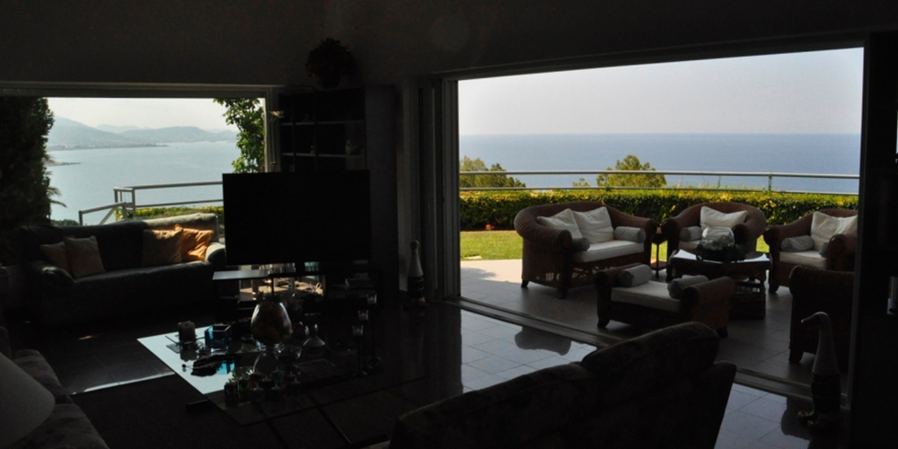 Residential Property House for Sale in Greece - Photos of the property from the inside of the living room